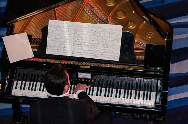 faith or how i started learning the piano in my thirties