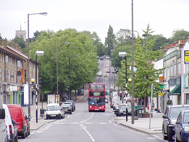 chingford mount old church road
