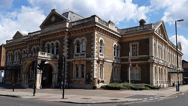 turnham green town hall