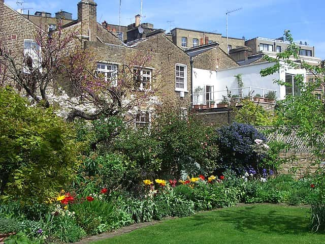 earls court communal garden