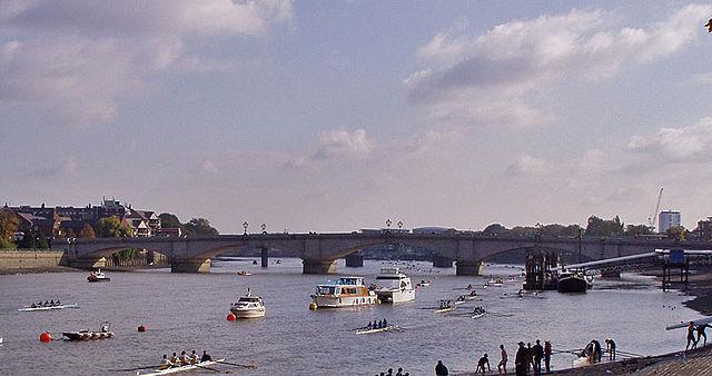 putney bridge and fulham