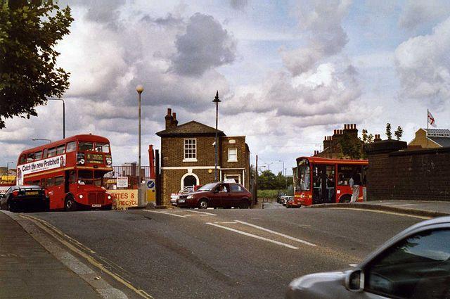 bow main road