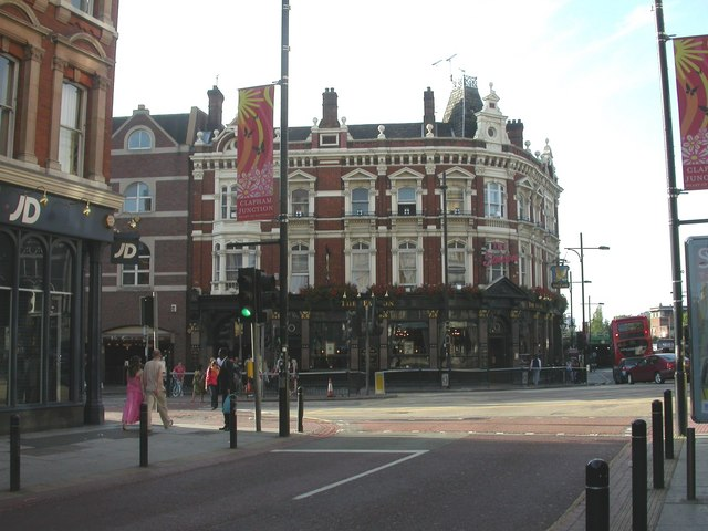 clapham junction the falcon