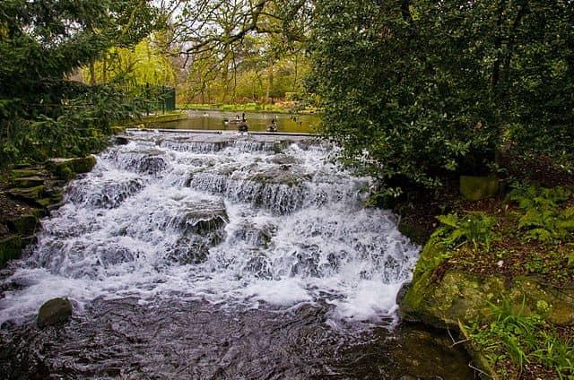 grove park waterfall
