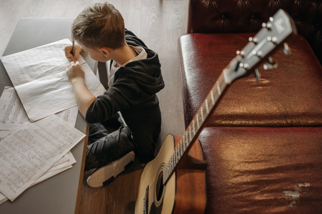 guitar lessons upper edmonton, enfield, n18