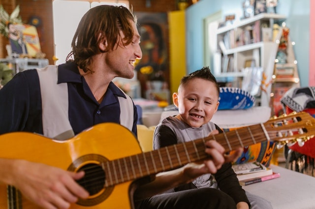 guitar lessons palmers green, enfield, n13